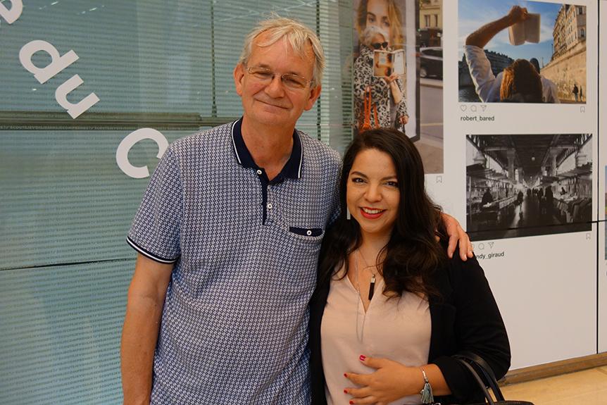 Guatemalteca expone foto en los metros de París